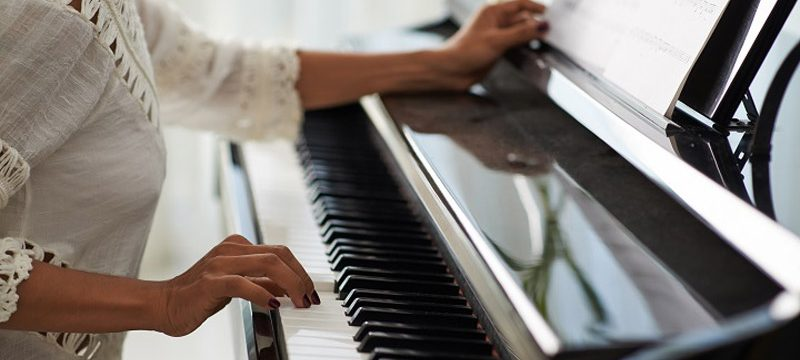 Do I need piano lessons in order to learn how to play the blues and boogie woogie?