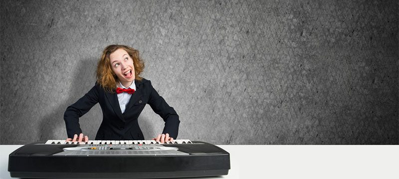 What are bad habits when playing the piano?